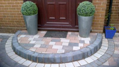 Barleystone Two Way Small Smooth Kerb - Damson
