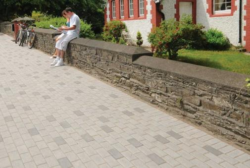 Barleystone Larchfield Standard Block Paving 50mm